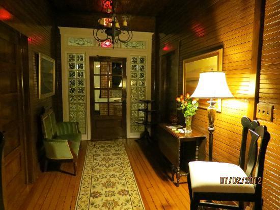 Beachview Resort: entrance 2nd floor