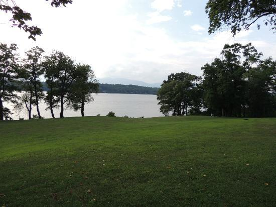 Clermont: Hudson River View