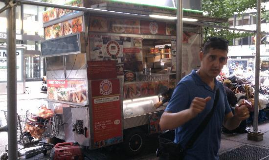 Sidewalks of NY Food Truck Tours: First Stop: Biryani Cart!