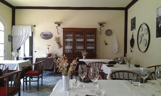Suno, إيطاليا: interno ristorante 