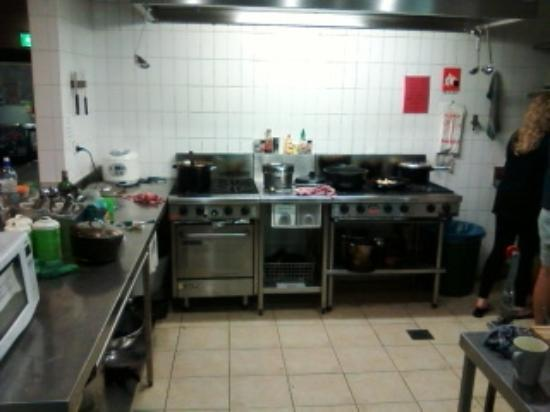 Big Hostel: Kitchen stove