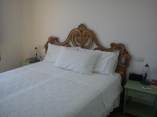 Residence La Dolce Vita: bed
