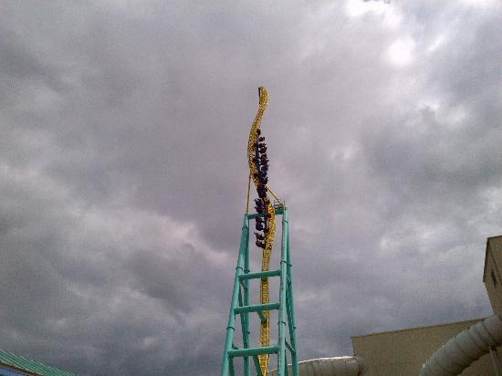 Sandusky, OH: Wicked Twister- must do!