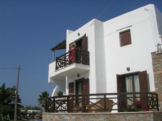 هوتل أنيموميلوس: My balcony 