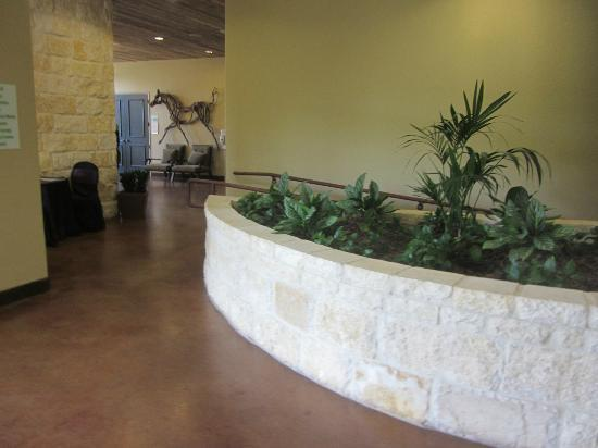 Holiday Inn San Antonio NW - Seaworld Area: the area to the banquet rooms and bathrooms