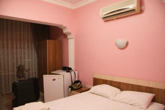 Hotel Burc : Room
