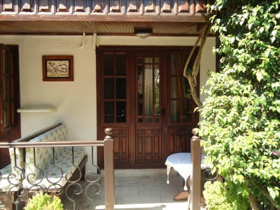 Villa Daffodil: Habitación por fuera