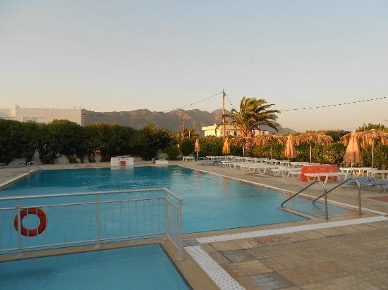 Nikos II Apartments: pool