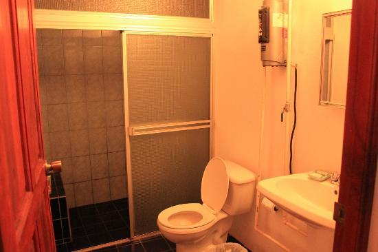 The American Cafe & Hotel: toilet