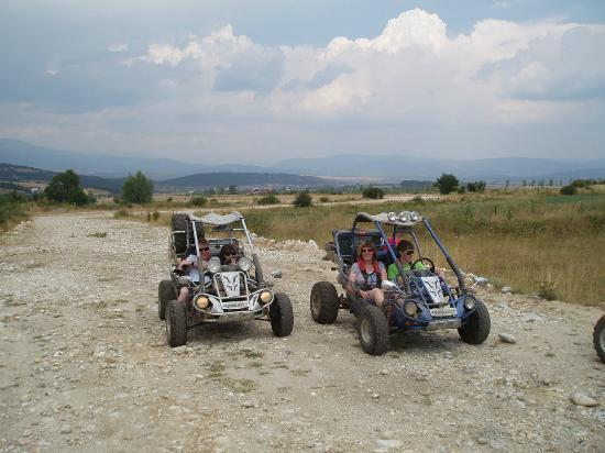 Razlog Valley Tours: Great fun on the buggies!