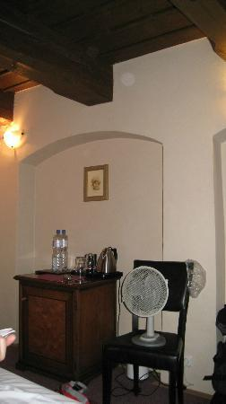 Hotel U Tri Bubnu: The fan that save us from hot summer