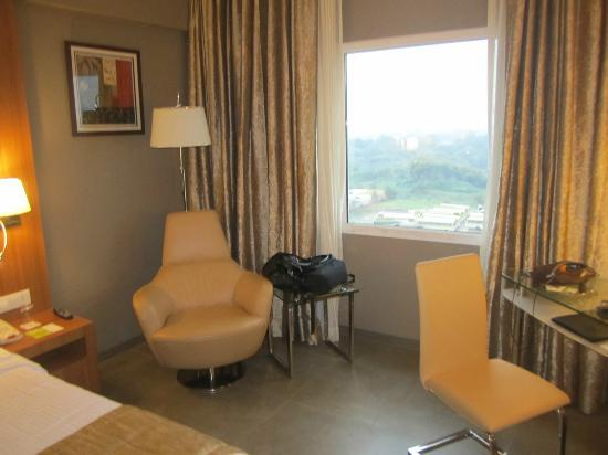 Royal Orchid Central, Vadodara: Room 706