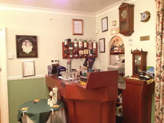 The Merchants House: The bar