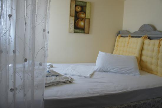 Amorgos Studios: Bed at room 314