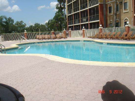 Westgate Towers Resort: Pool near fitness room