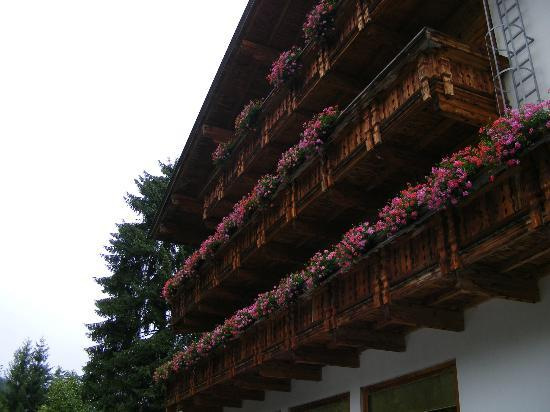 Hotel Sonne: the hotel balconies