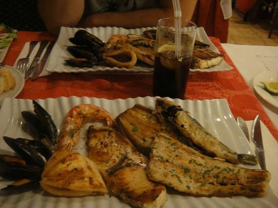 Tabaibas: Fischplatte bei Chez Luigi 