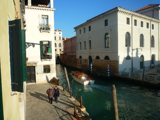 Al Bailo di Venezia: Vue depuis le balcon