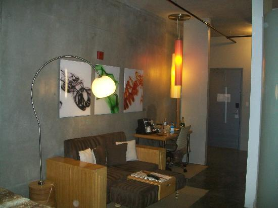 NYLO Dallas Plano Hotel: Cement floors and walls are cool