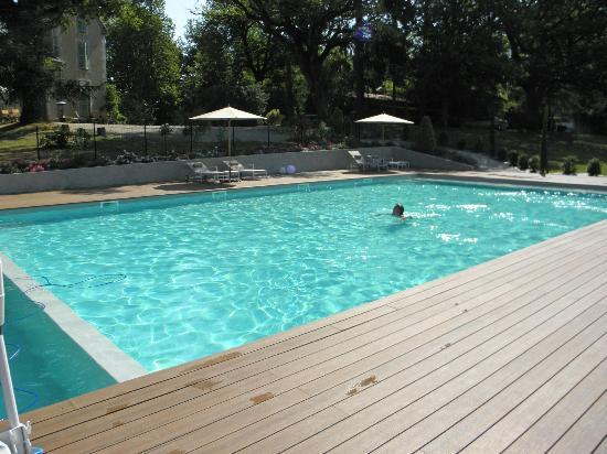 Le Castelet : Swimming Pool