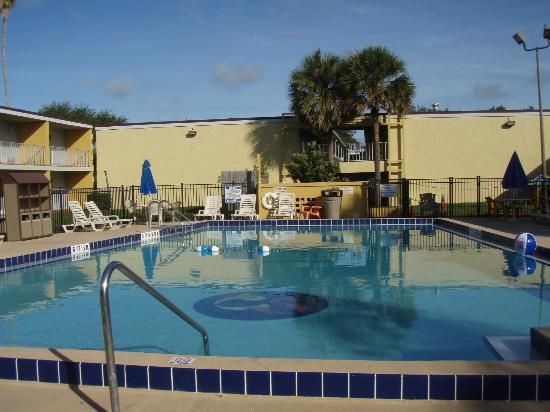 Celebration Suites: 1 of 3 pools