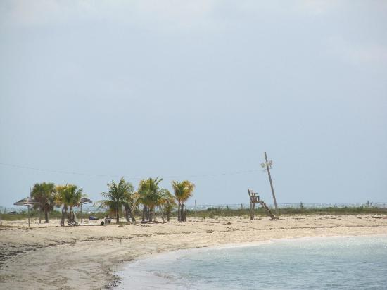 Xanadu Beach: alone on paradise.