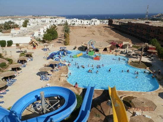 Panorama Naama Heights: View from the top of the slide