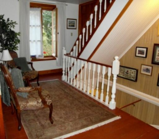 B&B A La Decouverte: 2nd Floor Landing