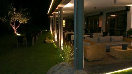 Huber's Boutiquehotel: outside seating area