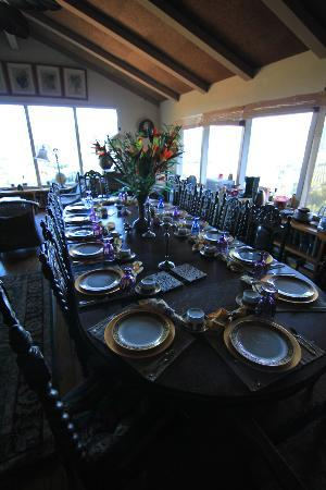 Hillcrest Bed & Breakfast: Dinning room