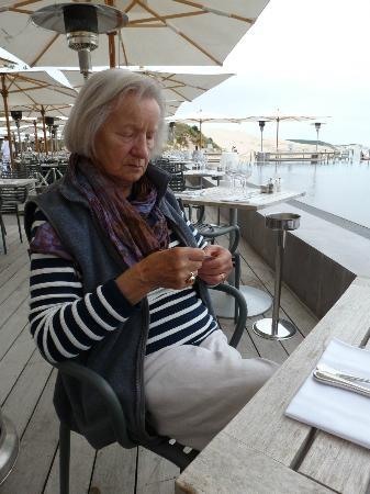 Pyla-sur-Mer, France: Our table