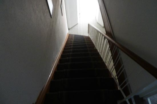 Hotel Garni Helvetia: The staircase