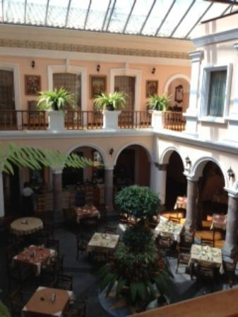Hotel Patio Andaluz: View Of Dining Room / Courtyard