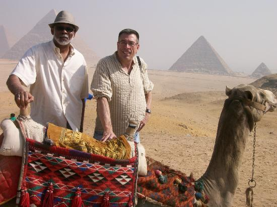 Vacations To Go Travel : Day trip to Pyramids of Giza