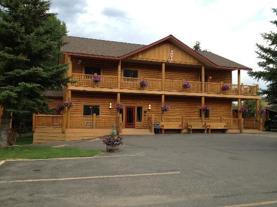Cowboy Village Resort: Front office