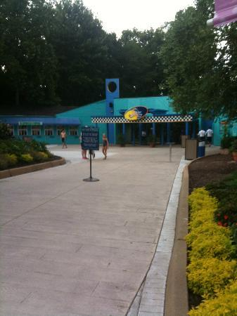 Water Country USA: Entrance