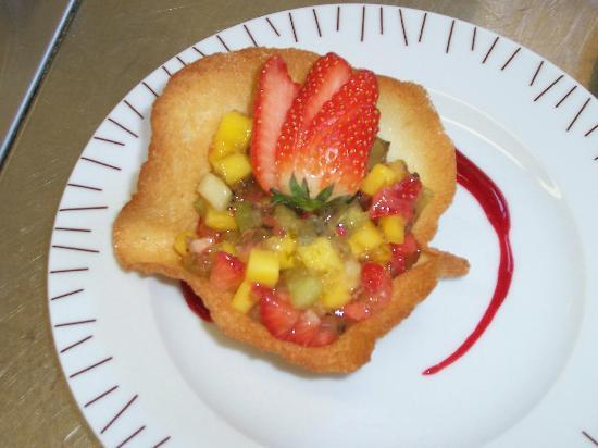 Jean Marc Villard's Cooking Class - Day Classes: Delicate tulip pastry filled with glased fruit compote