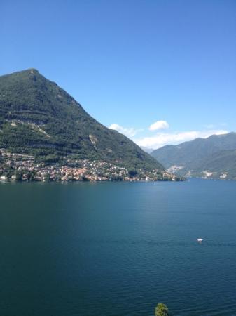 Hotel Ristorante G.L.A.V.J.C.: lago