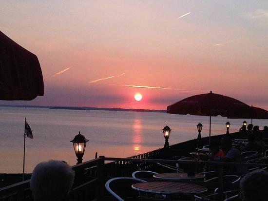Dauncey's Hotel: relaxing evening
