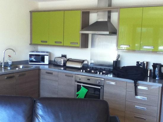 Tewitfield Marina: Kitchen