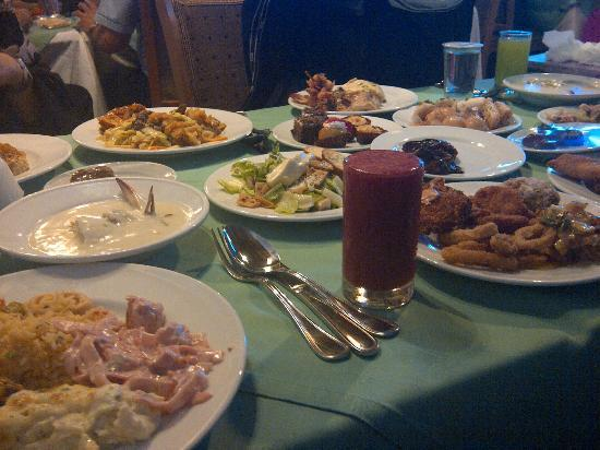 Al Nafoura Restaurant: our food