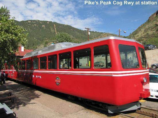 Manitou Springs, Colorado: train at the Manitou Springs depot 