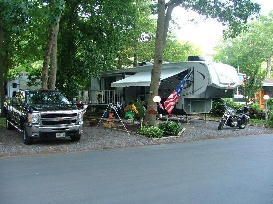 Holly Shores Camping Resort: big rig friendly