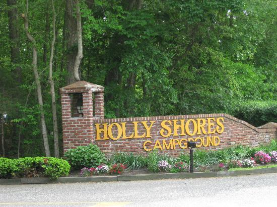 Holly Shores Camping Resort: welcome