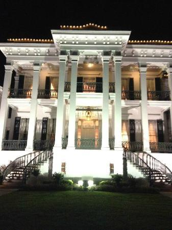 Nottoway Plantation Resort: Front Entrance at Night