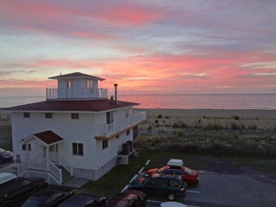 Dewey Beach, Делавер: Sunrise view from the motel