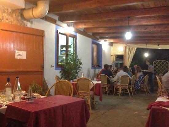 Iglesias: Il ristorante S'arragateri cerca Cameriere/a con esperienza