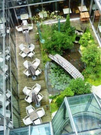 Mercure Paris La Defense Grande Arche Hotel: View from the room