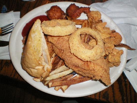 Jaeger's Seafood Beer Garden: the small lunch seafood platter (stuffed crab not in photo)
