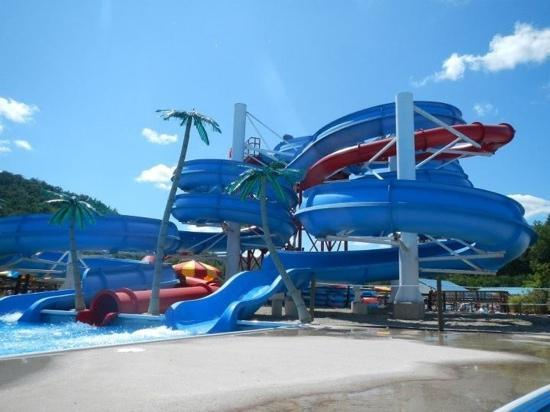Williamsburg, KY: 3 Slides